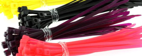 Colliers de serrage en plastique